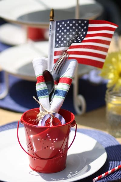 Decorating Ideas For Memorial Day Memorial Day Decorating Ideas White And Blue Banners