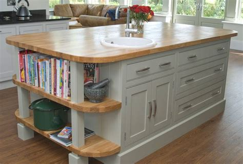 shaker style kitchen island 17 best images about beaded shaker style kitchen on