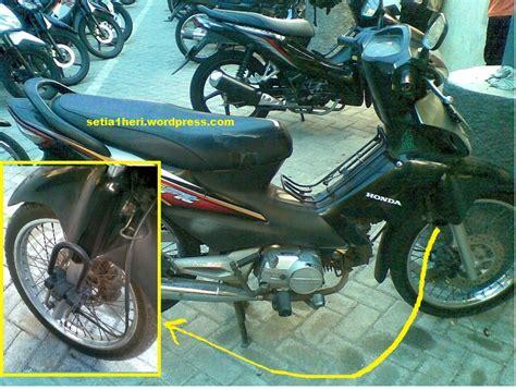 Kunci Motor Supra 125 kok fitur kunci gak da lagi ya setia1heri org