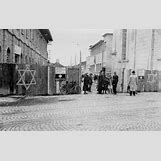 Jewish Ghettos During The Holocaust | 800 x 503 jpeg 104kB