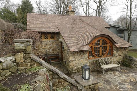 Real Hobbit House | uber fan has real hobbit house designed built by architect