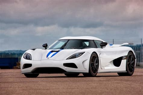 koenigsegg agera wallpaper koenigsegg agera r car wallpaper