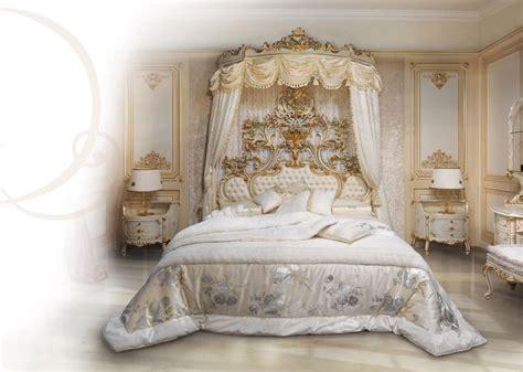 letto baldacchino legno bianco letto in legno laccato bianco testiera imbottita