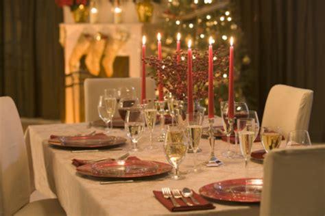 come addobbare una tavola natalizia apparecchiare tavola natale 45732 tomato
