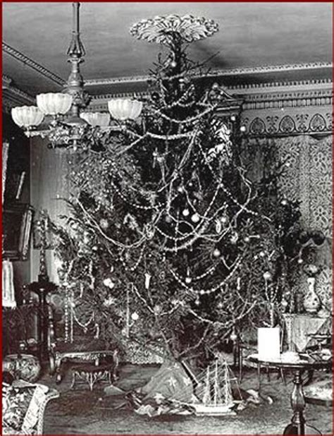 christmas decorations in the 1800s 1900 1920
