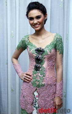 Kebaya Bali Modern Modifikasi Wedding Wisuda 14 kebaya on kebaya app and sarongs