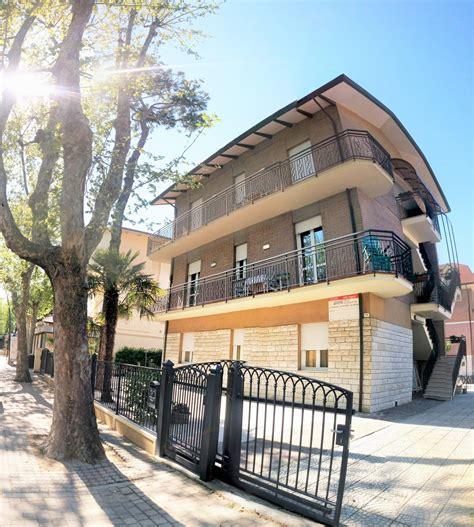 appartamenti affitto cervia estate appartamenti vacanza pinarella di cervia ville foschi