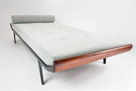 bed auping match auping mid century modern cleopatra daybed by dick cordemeijer