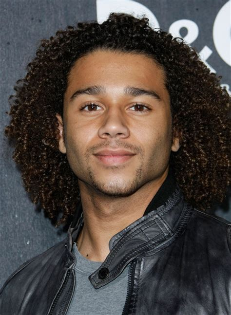Corbin Bleu Photos Photos   Grand Opening Of The D&G