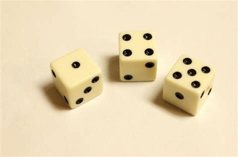 Guitar Dice Knobs by 3 Ivory Black Dice Volume Tone Knobs For All