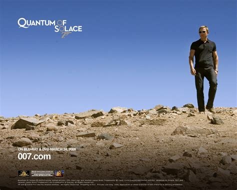 quantum of solace streaming film per tutti un wallpaper di daniel craig per il film quantum of