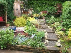 Small Gardening Ideas Small Gardens Shelterness