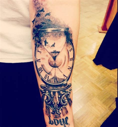 best tattoo artists in ct best 25 clock tattoos ideas on time