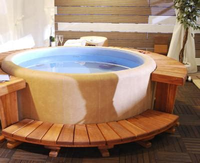 salt water tub what are the benefits of salt water tubs