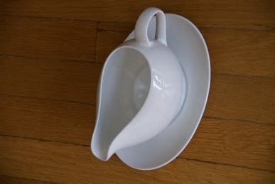 moving sale - Ikea Gravy Boat Uk