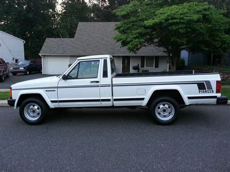 comanche jeep 4 door sell used 1989 jeep comanche pioneer standard cab 2