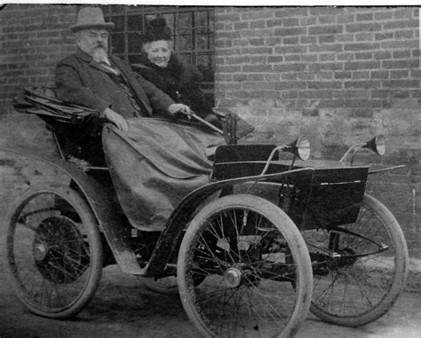 first car ever made in the hybrid and electric cars