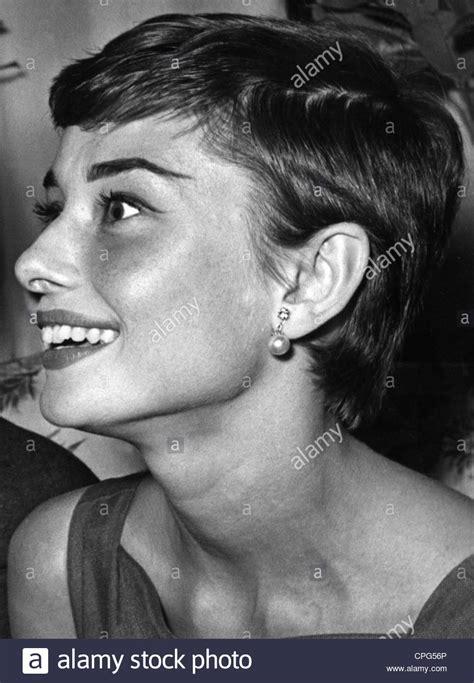 audrey hepburn hairstyles instructions hepburn audrey 4 5 1929 20 1 1993 british actress