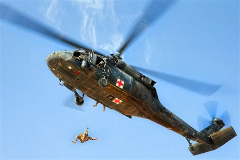 helicopter hoist   army uh  black hawk helicopter
