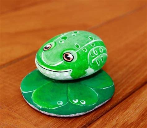 Steine Bemalen Frosch by Frosch Steine Bemalen Farben Gr 252 N Wei 223 Diy Do It