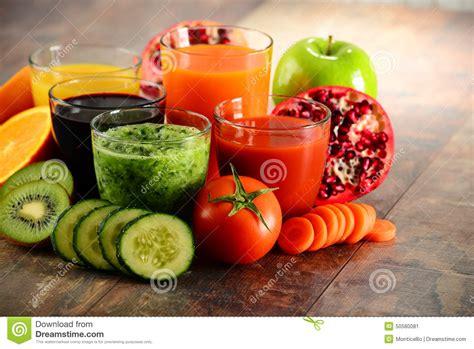 Fresh Fruit Juice Detox Diet by Glasses Of Fresh Organic Vegetable And Fruit Juices