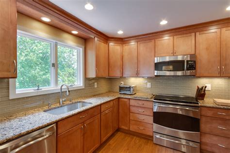Toffee Maple Kitchen Cabinets by Contemporary Kitchen Remodel Maple Toffee Kitchen Dc