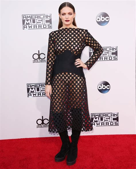 a lo tove lo picture 26 american music awards 2015 arrivals
