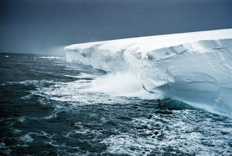 What Is The Largest Shelf In Antarctica by Ross Shelf Antarctica This Shelf Is Earth S