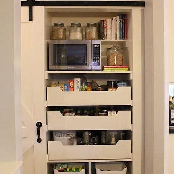 Pull Out Pantry With Storage Drawers Design Ideas
