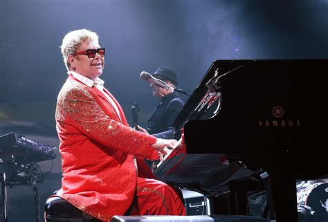 elton new years elton in elton performs his new year s