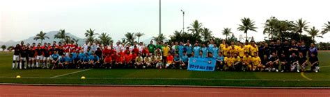 Chicago Booth Part Time Mba Academic Calendar by Asian Mbas Compete For Football The Nanyang Mba