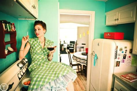 house wife 1950s women s fashion style for 21st century women