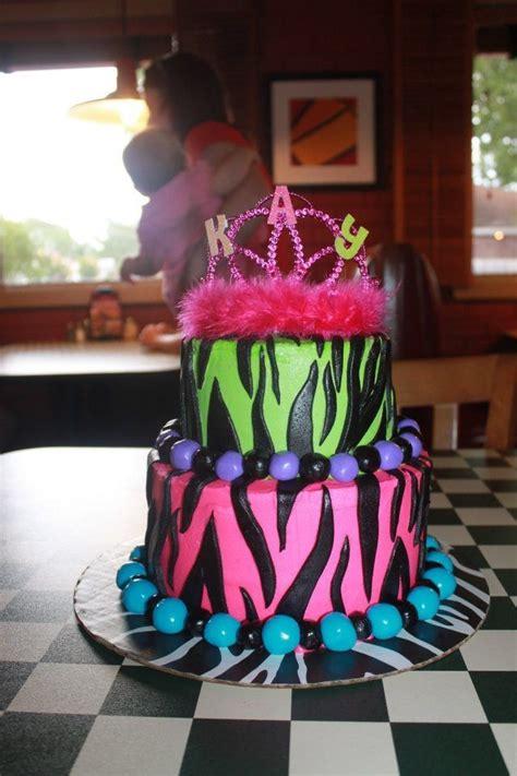 Cake Decorating Ideas For Zebra Print Zebra Print Birthday Cake Showers And Cakes By