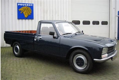 peugeot 504 pickup french utility restored peugeot 504 pick up bring a trailer