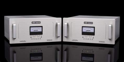 audio research reference  monoblock amplifiers ultra