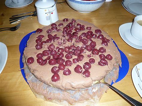 käse kirsch kuchen marzipan kirsch schoko frischk 228 se torte rezept mit bild