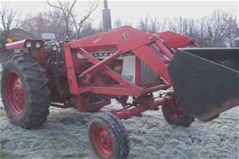 Used Farm Tractors For Sale 656 Farmall With 2250 Loader