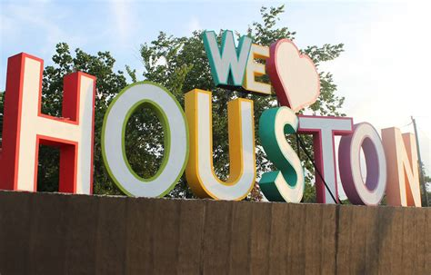 we love houston sign 10 fun things to do in houston usa page 2 of 3 silverkris
