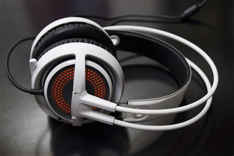 Headset Steelseries Siberia 350 steel series siberia 350 headset review gamesreviews