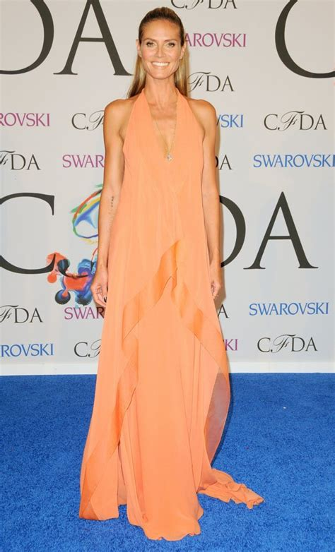 Cfda Awards Carpet Debra Messing And Heidi Klum by Heidi Klum Picture 417 2014 Cfda Fashion Awards