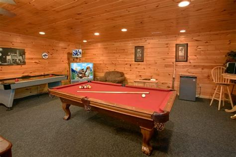 pool tables sevierville tn smoky mountain room cabin with pool table and air hockey