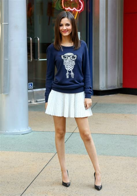victoria justice mini skirt mini skirt lookbook