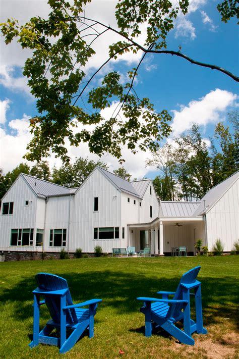 modern farmhouse exterior farmhouse with board and batten modern farmhouse exterior farmhouse with board and batten