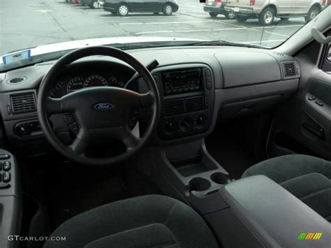 Ford Explorer 2002 Interior by Graphite Interior 2002 Ford Explorer Xlt Photo 39408497