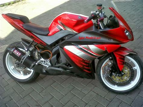 Modifikasi Vixion by Yamaha New Vixion Modifikasi R15 Thecitycyclist
