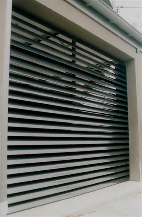 Brads Overhead Door Http Www Bradnewmandoors Au Garage Doors Brad Newman Doors Offers A Number Of Types Of