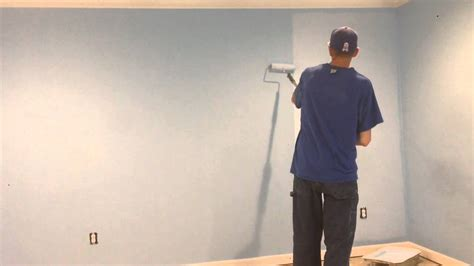 paint walls faster by starting on the left if you re right how to paint roll a wall with no lines fast and easy