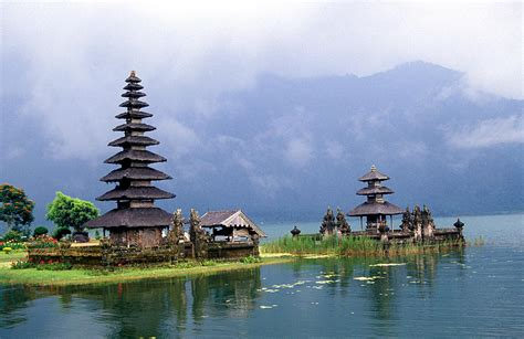 The Balinese indonesia attractions island of bali indonesia
