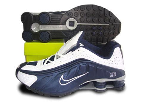 Nike Shox R4 Black White Premium nike shox r4 mens cliftonrestaurant co uk