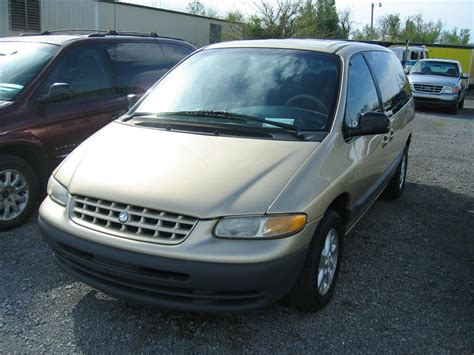 auto body repair training 2000 chrysler grand voyager security system plymouth grand voyager 04 фото